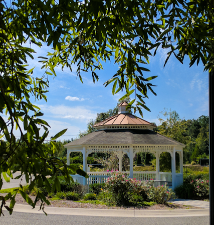 Gazebo at Rock Creek Villas credit Terri Aigner